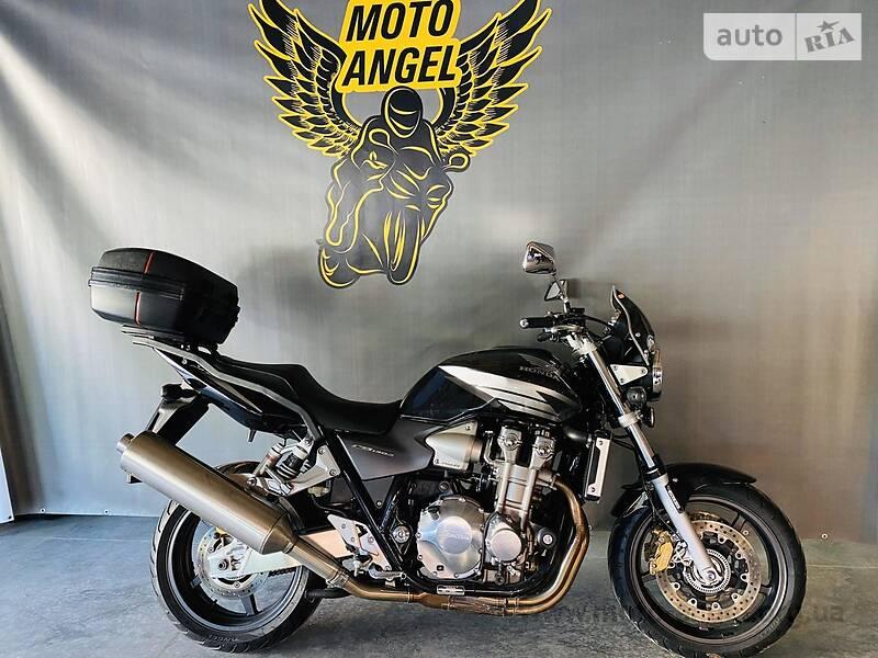 Мотоцикл Без обтекателей (Naked bike) Honda CB 1300