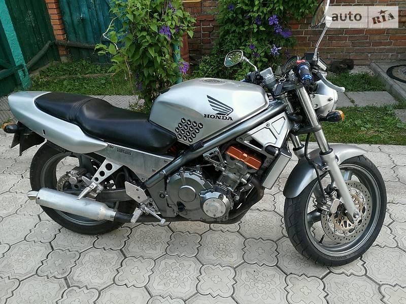 Мотоцикл Классик Honda CB 1