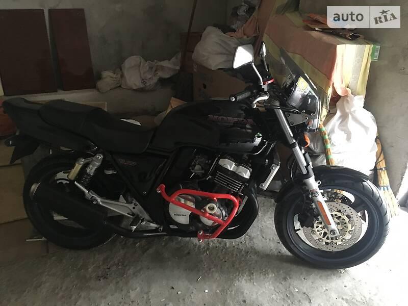Мотоцикл Классик Honda CB 400 SF