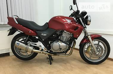 Honda CB pc32 1999