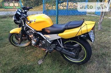 Honda CB  1990
