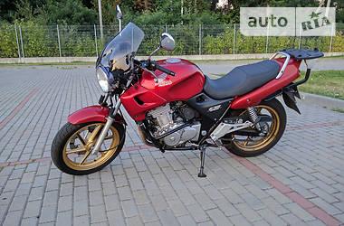 Honda CB  2002