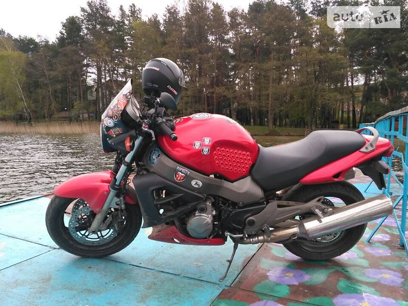 Мотоцикл Без обтекателей (Naked bike) Honda CB