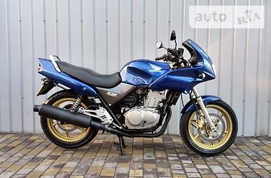 Honda CB pc32  2003