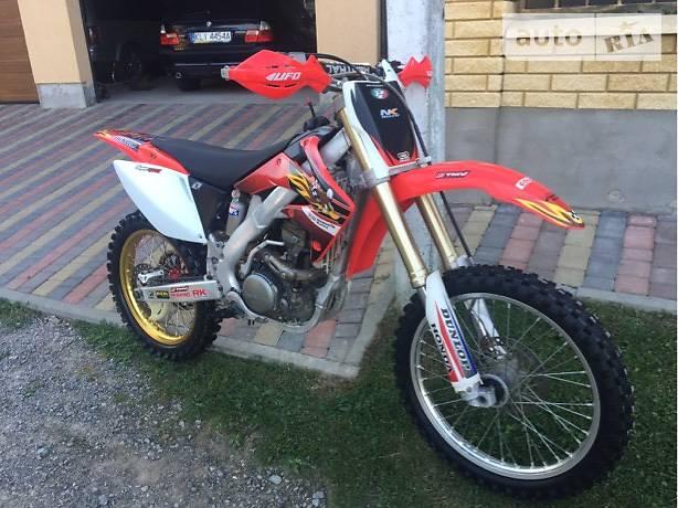Honda CBF 2008 року