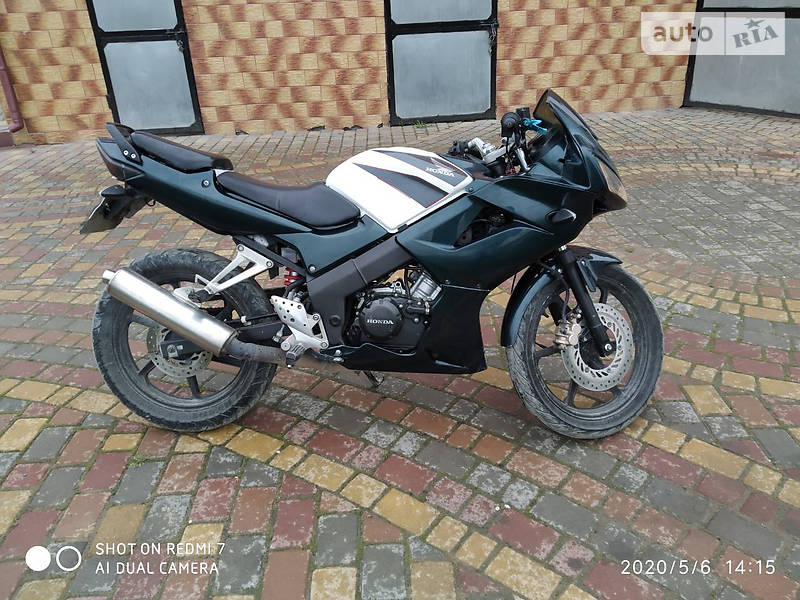 Мотоцикл Классик Honda CBR 125R