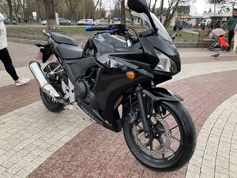 Honda CBR 400