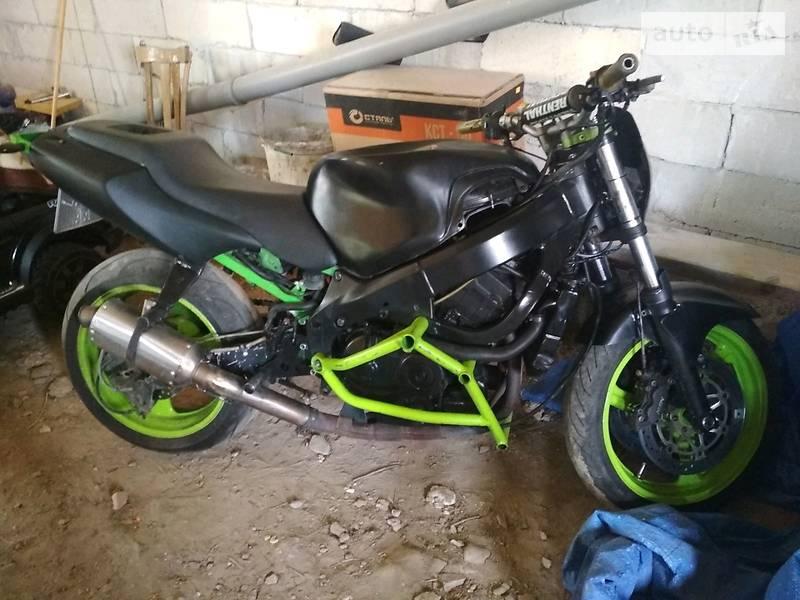 Мотоцикл Без обтекателей (Naked bike) Honda CBR 600F