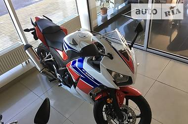 Honda CBR 300 RA 2015