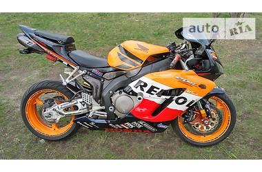 Honda CBR  2005