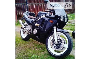 Honda CBR  1989