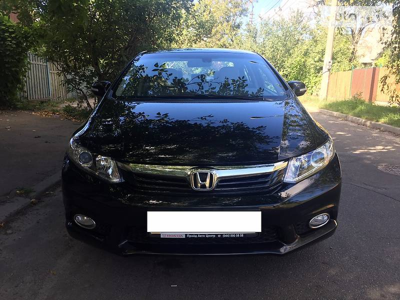 Honda Civic 2013 года