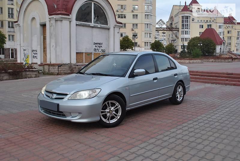 Honda Civic 2004 года