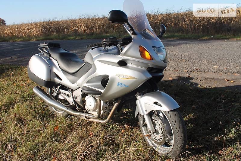 Honda Deauville 2002 року