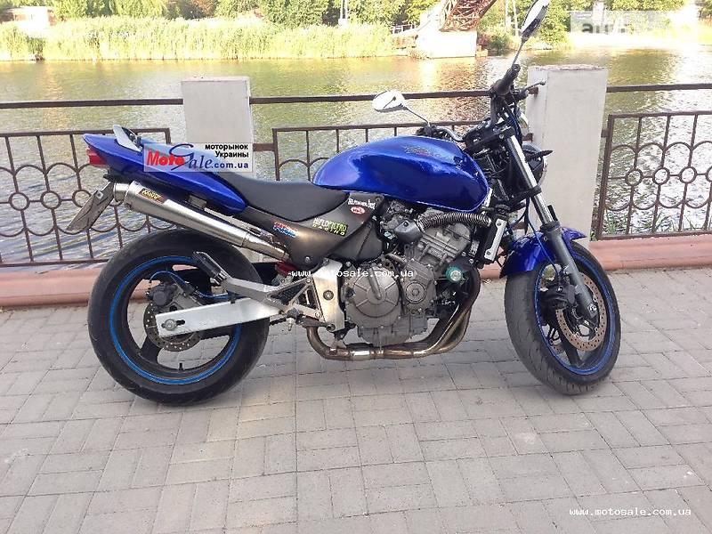 Мотоцикл Без обтекателей (Naked bike) Honda Hornet 600