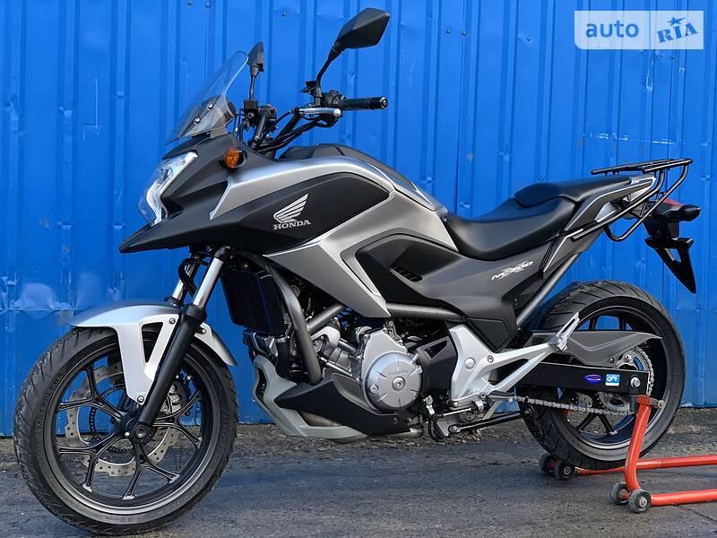 Мотоцикл Внедорожный (Enduro) Honda NC 700X