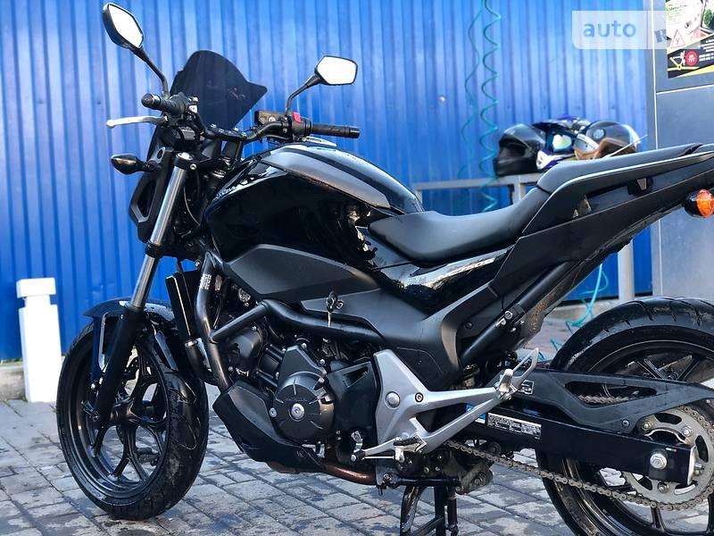 Мотоцикл Без обтекателей (Naked bike) Honda NC