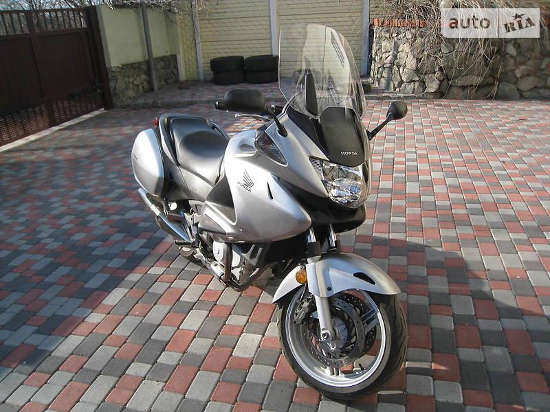 Honda NT