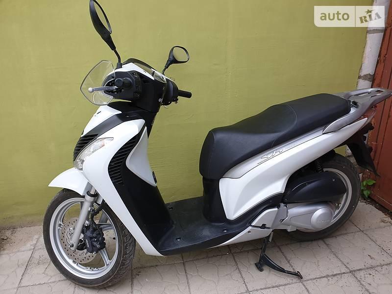 Скутер / Мотороллер Honda SH 150