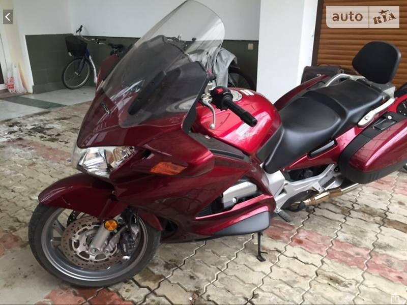 Honda ST