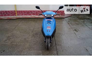 Honda Tact 30 2008