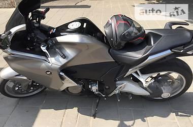 Honda VFR  2010