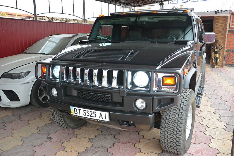 Hummer H2 2005 года