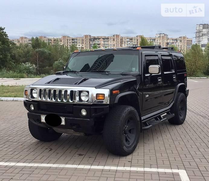 Hummer H2 2004 року