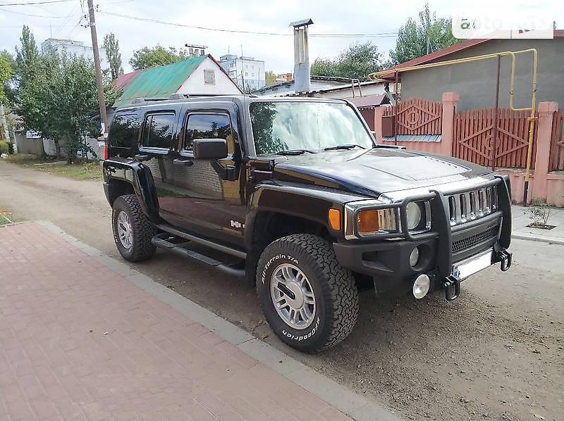 Hummer H3 2006 года