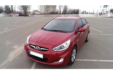 Hyundai Accent  1.4i 2013