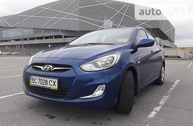 Hyundai Accent  1.4i Comfort 2013
