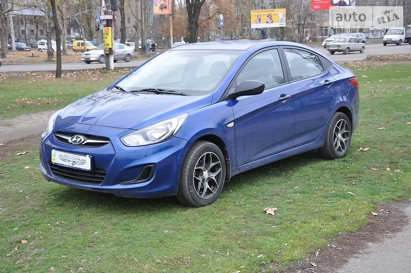 Hyundai Accent 2011 года