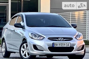Hyundai Accent OFICIAlNAYA 2014