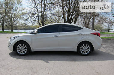 Hyundai Elantra Restyling-Exclusive 2014