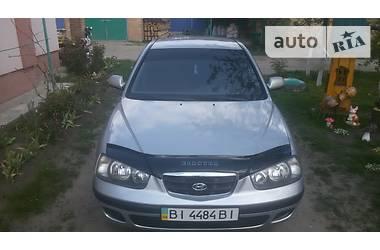 Hyundai Elantra xd 2002