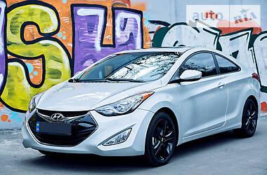 Hyundai Elantra sport coupe GS 2012
