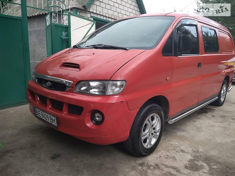 Hyundai H 200 груз.-пасс.