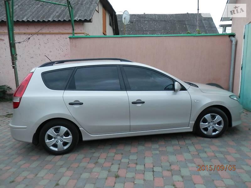 Hyundai i30 2011 року