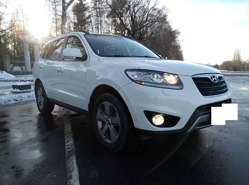 Hyundai Santa FE 2012 года