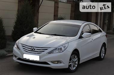 Hyundai Sonata //WHITE PEARL//AUTOMAT// 2012