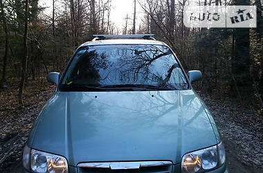 Hyundai Trajet 2.0i 2005