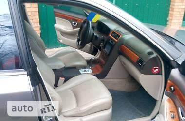 Hyundai XG  1999