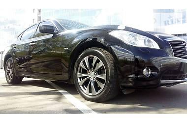 Infiniti M37 3.7i V6 2013