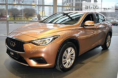Infiniti Q30 1.6T AT Base Pack 1 2017