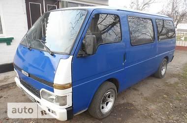 Isuzu Midi пасс.  1988