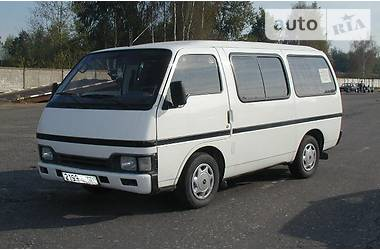 Isuzu Midi пасс.  1990