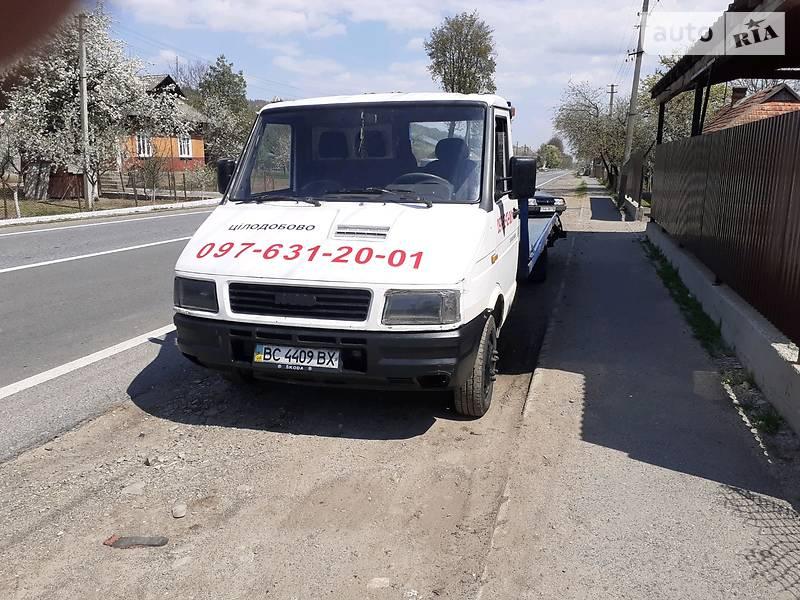 Эвакуатор Iveco Daily груз.