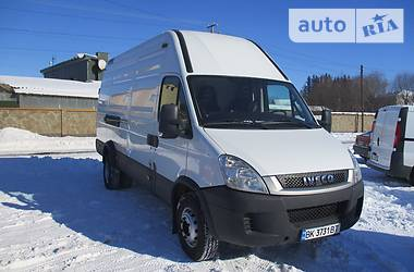 Iveco TurboDaily груз. 65С17  2011