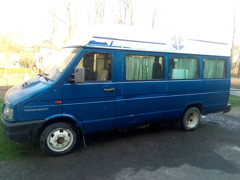 Микроавтобус (от 10 до 22 пас.) Iveco TurboDaily