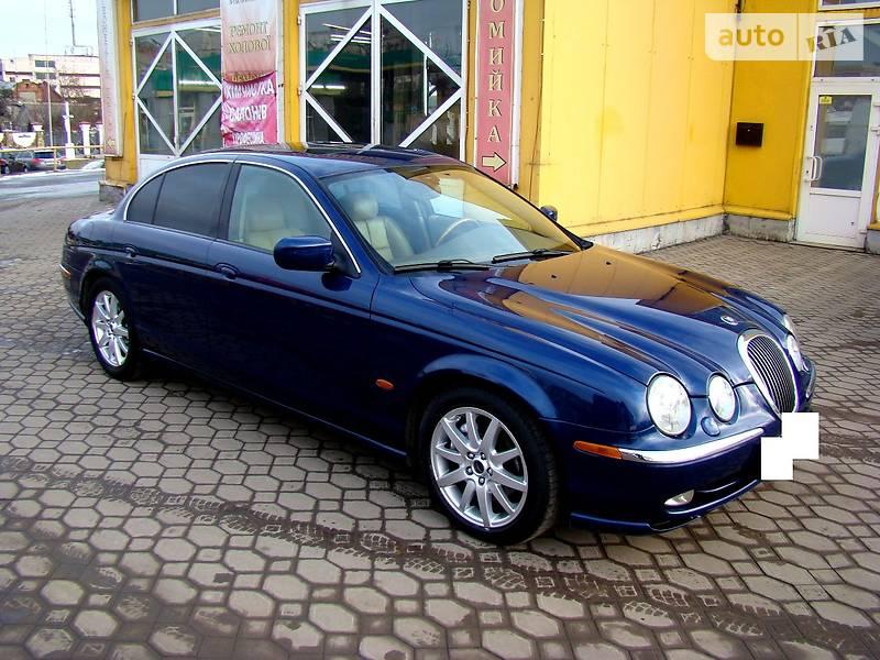 Jaguar S-Type 2002 года